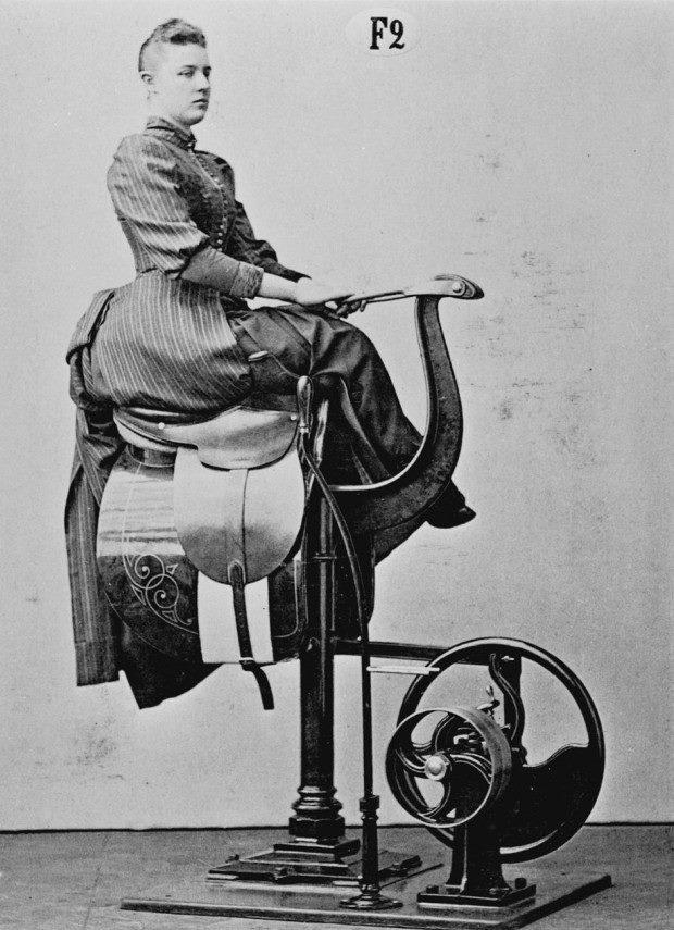 Early mechanical horse